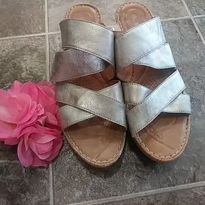 Born Wedges Size 10